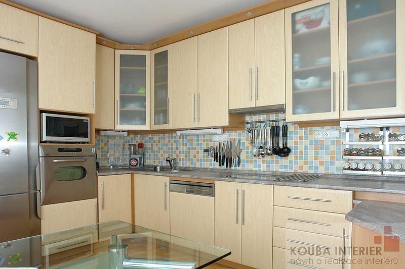 Výsledek obrázku pro kuchyně panelák